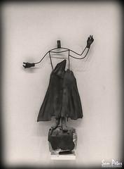 Dancer (Sam Petar) Tags: dancer baghdad bw women mobile iraq art fine iraqi museum