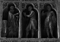 11 - Reims - Cathédrale Notre-Dame - La Communion du chevalier (melina1965) Tags: reims marne grandest octobre october 2017 nikon d80 noiretblanc blackandwhite bw sculpture sculptures église églises church churches basreliefs basrelief