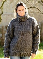 Heavy hand knit woollen turtleneck (Mytwist) Tags: sweatergirl turtleneck tn tneck sexy style fetish fashion fuzzy female woman woolfetish winter wolle bulky bulgaria lady love