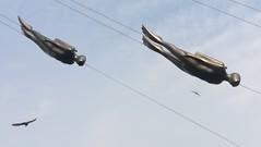 sailing Oslo's sky (L C L) Tags: oslo loretocantero sailing lcl nublado cloudy sky cielo noruega europa europe viajar travel journey submarinistas gafasdebucear escultura