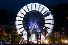 La grande roue (Ludtz) Tags: ludtz lelavandou canon canoneos5dmkiii 5dmkiii provence cotedazur mediterraneansea mer méditerranée sea rock rocher rocks rochers harbor port marina dusk crepuscule nuit night nightlights lumièrenocturne granderoue greatwheel ferriswheel longexposure pauselongue ef135|2l iso50