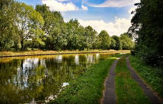le canal St Quentin à Crevecoeur sur l'Escaut