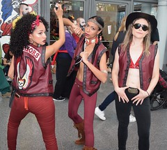 DSC_0825 (Randsom) Tags: newyorkcomiccon 2017 october7 nycc comic convention costume nyc javitscenter chicas gang street maroon leather thewarriors coneyisland halloween