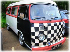 '72 VW Camper van - with chequered protective cover .. (John(cardwellpix)) Tags: sunday 15th october 2017 72 vw camper van with protective chequered cover newlands corner guildford surrey uk