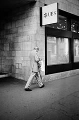 u stands for union (gato-gato-gato) Tags: 35mm ch contax contaxt2 iso400 ilford ls600 noritsu noritsuls600 schweiz strasse street streetphotographer streetphotography streettogs suisse svizzera switzerland t2 zueri zuerich zurigo z¸rich analog analogphotography believeinfilm film filmisnotdead filmphotography flickr gatogatogato gatogatogatoch homedeveloped pointandshoot streetphoto streetpic tobiasgaulkech wwwgatogatogatoch zürich black white schwarz weiss bw blanco negro monochrom monochrome blanc noir strase onthestreets mensch person human pedestrian fussgänger fusgänger passant sviss zwitserland isviçre zurich autofocus