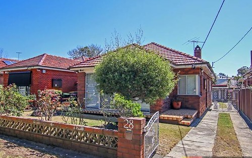 28 Pallamana Pde, Beverly Hills NSW 2209