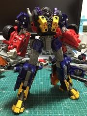 -49bcad89fde37954 (capcomkai) Tags: onslaught tlk thelastknight transformers decepticon laoui custom