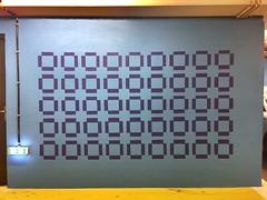 Street art (Lionelcolomb) Tags: smartphone téléphone apple iphone6 geometric géométrique pattern motifs art paint peinture flat plat mur wall indoor intérieur france parking subway marseille