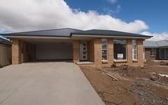 75 Molloy Drive, Orange NSW