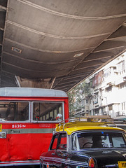 Mumbai 2015 (hunbille) Tags: india mumbai bombay birgittemumbai2lr taxi ambassador jj flyover jjflyover