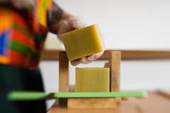 IMG_0097 (gleicebueno) Tags: sabonsabon sabon savon annacandelaria artesanal natural handmade feitoamão brasil brazil manual mercadomanual redemanual cosmetologia consmetic processo maker