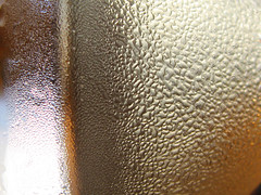 surface humide (woolgarphilippe) Tags: humid humide humidité humidity condensation water eau verre glass wine vin soif thurst thursty abstract abstrait goutelettes gouttelettes minimalist minimaliste minimalims