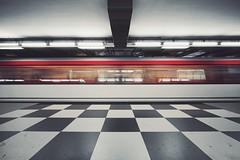jungfernstieg (christian mu) Tags: jungfernstieg haltestellejungfernstieg subway longexposure metro ubahn urban germany hamburg station christianmu sonya7ii sony voigtländer1545 voigtländer 15mm 1545 underground