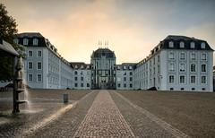 Saarbruecken | Schloss 1 (Wolfgang Staudt) Tags: saarbruecken schloss schlosssaarbruecken barock saarland bauten bauwerke stadt staedtischesmotiv stimmungsvoll grossstadt westspange abendhimmel reflection
