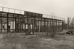 _MG_8218 (daniel.p.dezso) Tags: kiskunlacháza kiskunlacházi elhagyatott orosz szoviet laktanya abandoned russian soviet barrack urbex ruin shop