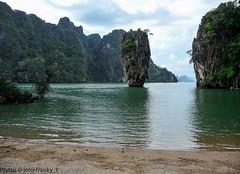 James Bond Island-Khao Phing Kan-Thailand (johnfranky_t) Tags: thailand tailandia jamesbondisland johnfranky t panasonic lumix tz5 isola island forest sea