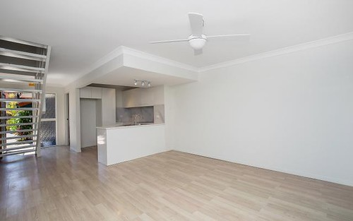 22/5 Galeen Dr, Burleigh Waters QLD 4220