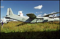 10 red - Monino Museum 20.08.2001 (Jakob_DK) Tags: an8 antonov antonov8 antonovan8 cargo sovietairforce monino centralrussianairforcemuseum 2001