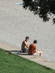 Two lads seated at Quai de la Daurade, Toulouse, France (Paul McClure DC) Tags: toulouse france languedoc occitanie occitania july2017 people sexy male