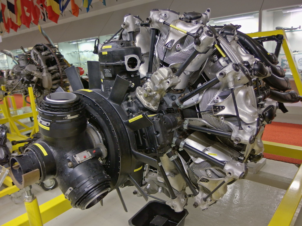 BMW 5 Series bmw aircraft engines The World's Best Photos of flugmotor - Flickr Hive Mind
