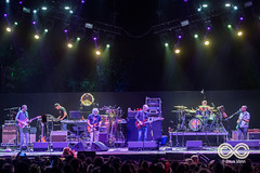 08-27-17_DPV_4150_Lockn_Fest_moe_with_Phil_Lesh_by_Dave_Vann (locknfestival) Tags: lockn moe phil lesh bob weir vinnie amico jim loughlin al schnier chuck garvey fans crowd