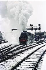 Perth Departure (Iain Smith1) Tags: black5 perth snow