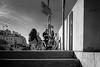 Photo de rue à Paris (Touristos) Tags: noiretblanc quaideseine photographiederue streetphoto paris nikond5001803000mmf3556 nikon d500 1803000 mm f3556