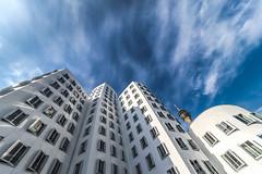 the sky above Mr. Gehry (Blende1.8) Tags: frankgehry architecture architekt architektur architect modern contemporary unkonventionell ungewöhnlich unconventional white blue weiss blau sky himmel builing gebäude fernsehturm duesseldorf düsseldorf nrw deutschland germany carstenheyer windows fenster nikon d800 sigma 1224mm sigma1224mmhsmii wideangle perspectiv
