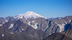 Elbrus 5642m widoczny z lodowca Kasebi, po drodze na Tetnuldi 4858m. (Tomasz Bobrowski) Tags: wspinanie mountains kasebi gruzja kaukaz góry tetnuldi elbrus caucasus georgia climbing