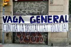 VAGA GENERAL CONTRA LA BRUTALITAT POLICIAL (Yeagov_Cat) Tags: 2017 barcelona catalunya carrersantperemésbaix carrerdesantperemésbaix vagageneralcontralabrutalitatpolicial pancarta
