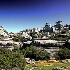 El Torcal de Antequera (pom.angers) Tags: canoneos400ddigital 2017 april spain andalusia europeanunion moutains 100 150 200 300 eltorcaldeantequera 5000 400