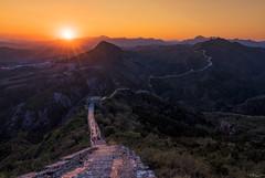 Simatai (Hilton Chen) Tags: sunburst autumn leadingline landscape sunset people yanshanmountains trees greatwall simatai china scale beijing beijingshi cn