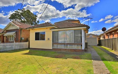 36 David St, Greenacre NSW 2190