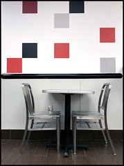 Day 285 dinner at Checkers tonight (Dragon Weaver) Tags: restaurant checkers table lines chair square 1012 2017 oct pad