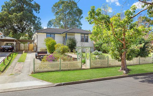16 Cox Cr, Dundas Valley NSW 2117