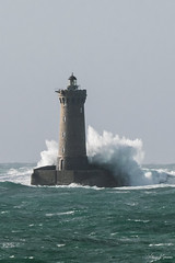 Impact imminent sur le Phare du Four (Kro29200) Tags: bretagne phare pharedufour porspoder tempête mer océan vent vague finistère