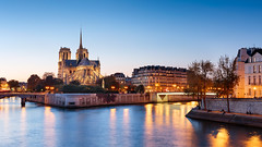 Notre-Dame de Paris Blue Hour (VR Photographies) Tags: seine paris france europe blue hour sunset october 2017 dri photoshop waterscape landscape urban skyline ile de la cité