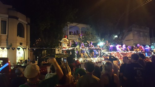 That little blur in the black tshirt at the front of the float is Ron Jeremy. He looked awful.