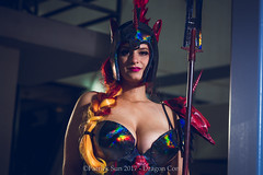 SP_67725-2 (Patcave) Tags: saturday dragon con dragoncon 2017 dragoncon2017 cosplay cosplayer cosplayers costume costumers costumes shot comics comic book scifi fantasy movie film unicorn goddess rainbow goddessofwar war spartan staff ares hair