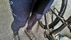 Konstructive-Bike-Wear-Cycling-Pants-Waterresistant-H2Off-Windproof