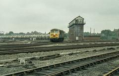 56_xxx_Shrewsbury_11_08_86 (chrisbe71) Tags: 6j65 shrewsbury br brel grid cement class56 brblue britishrail castlecement severnjunctionsignalbox severnjunction signalbox
