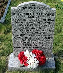 Headstone - John Archibald Cann and Una Joan Fry