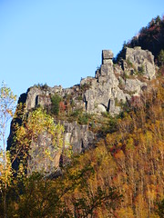 IMG_1726 (hattiebee) Tags: hokkaido japan sounkyo onsen sounkyoonsen autumn fall foliage leaves cliff rock rocks crag peak