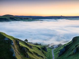 Misty morning on Winnats Pass