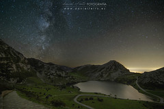 Enol´s magic night (Daniel Feito Fotografia) Tags: montaña asturias nigh nikon stars lakes lagos covad covadonga milkyway vialáctea lago enol de