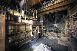 V zajetí oceli