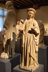 Paris (mademoisellelapiquante) Tags: museedecluny medieval medievalart middleages arthistory artmuseum paris france statue saintbarbara stbarbara