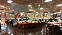 Awesome First Impression! (Retail Retell) Tags: horn lake ms kroger desoto county retail former seessels albertsons schnucks 2000 grocery palace acme theme park corrugated metal 2012 bountiful décor remodel