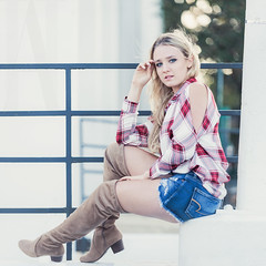 Featured Model: Nicole (Abigail Harenberg) Tags: featuredmodelah feature featured model ah photographer photoshoots seniors teenagers girl woman outdoors outside out available day light fashion look plai shirt jean shorts boots