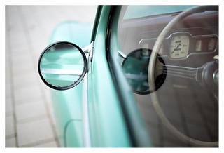 Sensuous curves: Austin A40 _ 7